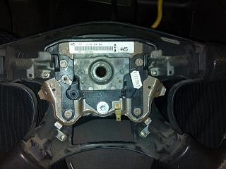 Кнопки управления магнитолой на руле-dsc_0197.jpg