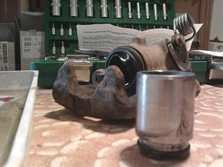 Ремонт (переборка) заднего суппорта Р11-0705.jpg