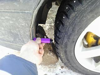 Несимметричный зазор между передним колесом и бампером, в чем причина?-2013-03-27-13.15.16.jpg