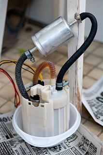 P12  топливный фильтр и бензонасос-7a0f14b4c1b7.jpg