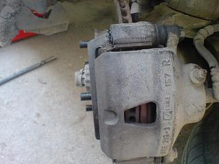 Клепаем накладки на передние колодки-dsc03656.jpg