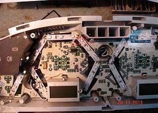 Электроклапан рециркуляции выхлопных газов, продувки адсорбера-dsc05613.jpg