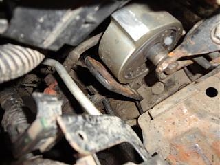Левая подушка двигателя (коробки)-dsc02209.jpg