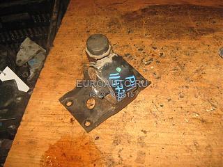 Левая подушка двигателя (коробки)-photo.jpg