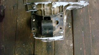 Левая подушка двигателя (коробки)-dsc05287.jpg