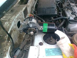 Отчет устанавливаем  моторчик привода дворников с hyundai accent на Р11-foto0334.jpg