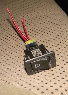 Установка передних противотуманок на р11-knopka.jpg