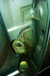Замена петель передней правой двери-imag3346.jpg