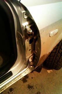 Замена петель передней правой двери-imag3349.jpg