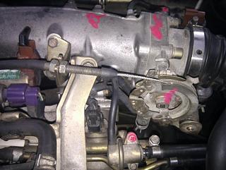 Замена тросика акселератора (педали газа)-3.jpg