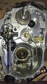 Коробка передач на Р10-Р11 с блокировкой дифференциала (особенности, внутренности)-23.jpg