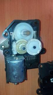 электрическое управление заслонками печки p10-0205019afadde90a60161fcab5209aff7f21228e5ca71eb1b44b640a2f88cd1d.jpg