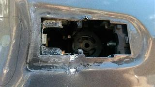 А у меня пытались угнать рабочий Ford Focus-8.jpg