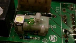Установка светодиодов в панель приборов Р11-144 и во все кнопки в машине.-24.jpg