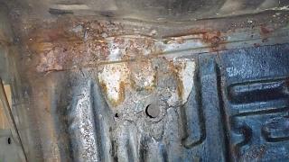 Брак антикорозийного покрытия кузова Р11? или откуда под антикором черный металл-19.jpg