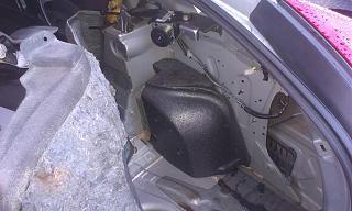 вода в багажнике??-bagazhnik-sprava-2.jpg