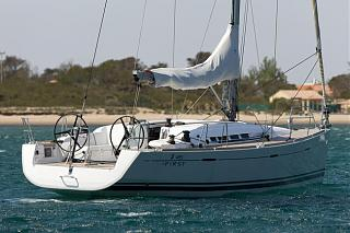 Парусная яхта. Клубное путешествие-beneteau-first