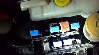Блок предохранителей Р12-relyuhi.jpg
